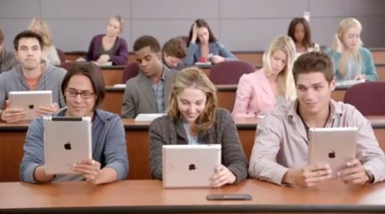 Lenovo Yoga vs. iPad: College