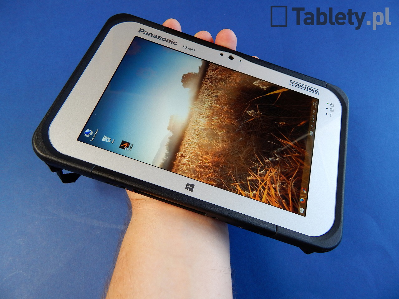 Panasonic Toughpad FZ-M1 17