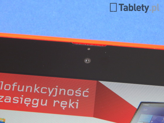 Nokia Lumia 2520 04