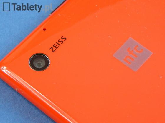 Nokia Lumia 2520 09