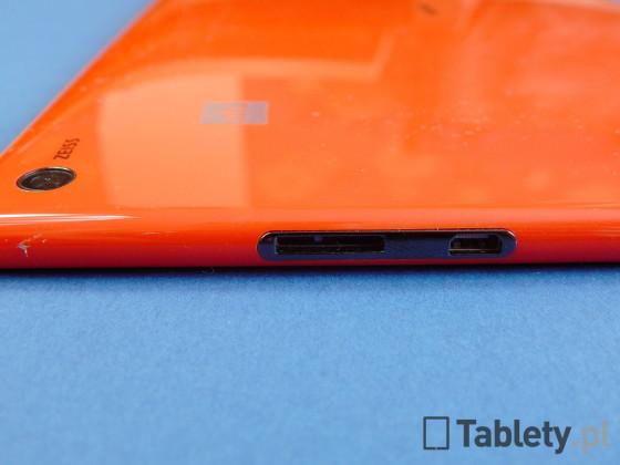 Nokia Lumia 2520 13