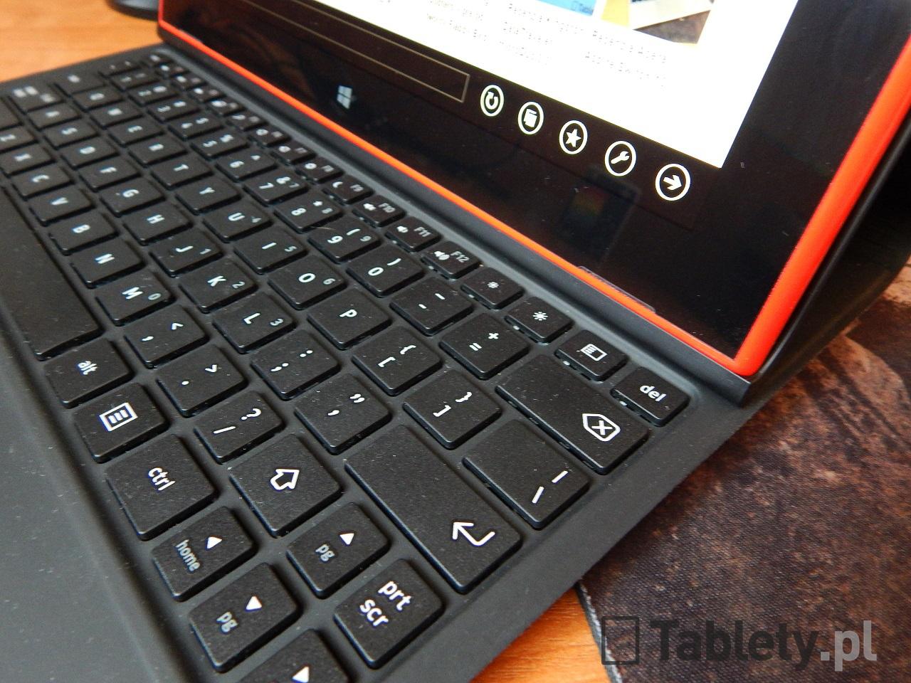 Nokia Lumia 2520 29