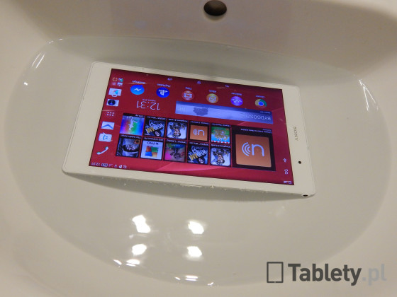Sony Xperia Z3 Tablet Compact 13