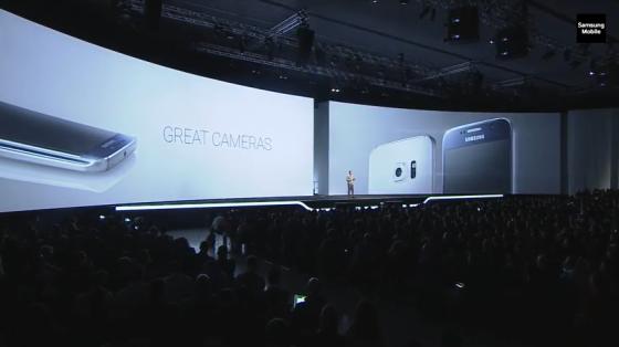Samsung_Galaxy_S6_and_S6_aparaty