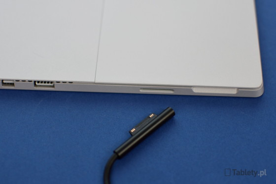 Microsoft Surface Pro 4 14