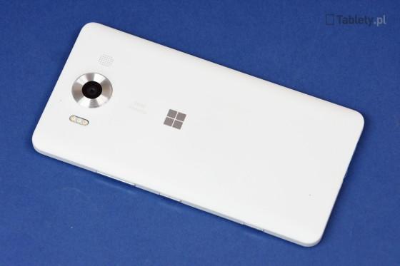 Microsoft Lumia 950 07