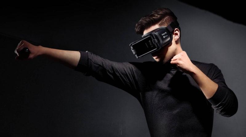 Samsung Gear VR z kontrolerem