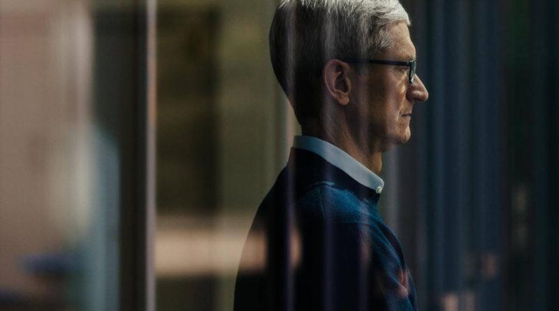 Tim Cook CEO Apple wyniki finansowe sprzedaż iPhone