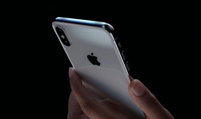 Apple iPhone X gesty animoji Face ID