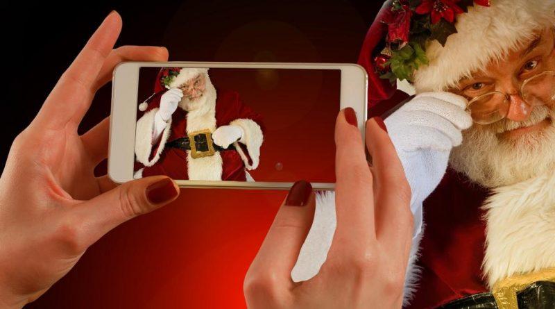 Polacy święta smartfony Cloud Technologies