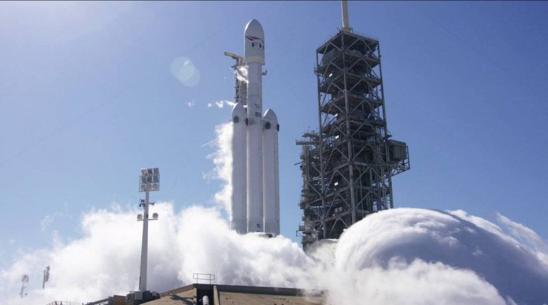 Falcon Heavy test statyczny SpaceX Elon Musk