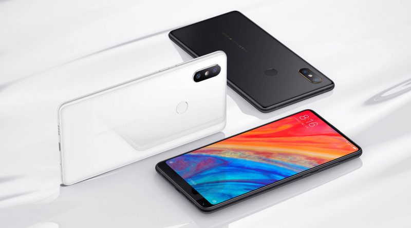 The Xiaomi Mi Mix 2S displays black bars in the camera application. The company explains what this is caused