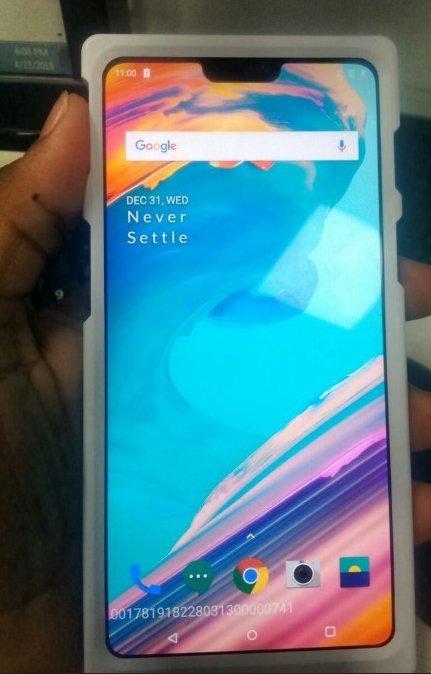 OnePlus 6 zdjęcie włączony ekran