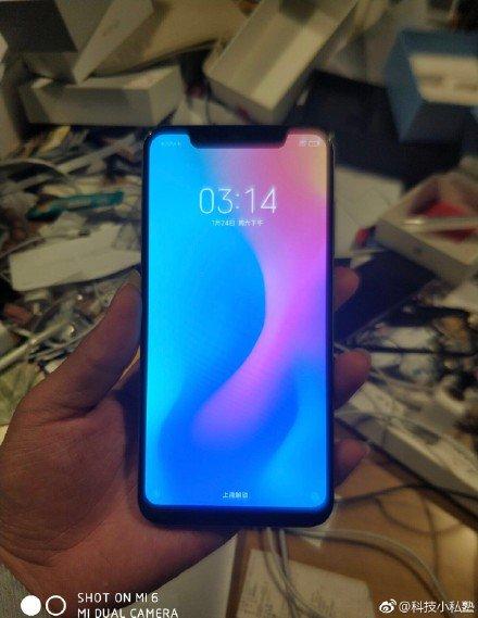 Xiaomi Mi 7 notch zdjęcia