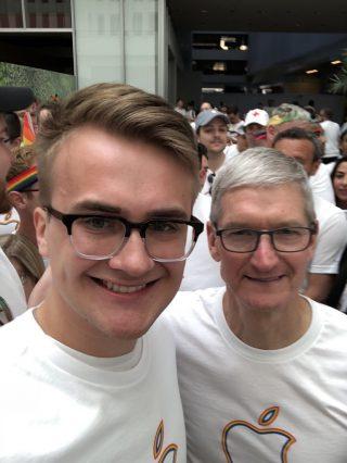 Apple Tim Cook parada San Francisco