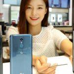 LG Q8 oficjalnie. Smartfon ze średniej półki z funkcjami z flagowców
