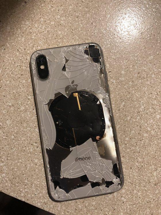 Apple iPhone X eksplodował w trakcie aktualizacji do iOS 12.1