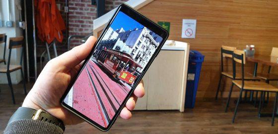 Samsung Galaxy S10 wcięcie w ekranie jak ukryć ustawienia cena opinie specyfikacja techniczna przedsprzedaż gdzie kupić najtaniej w Polsce
