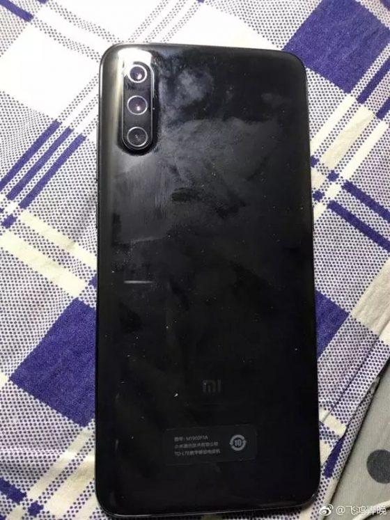 Xiaomi Mi 9 bez diody doświetlającej LED kiedy premiera specyfikacja techniczna opinie gdzie kupić najtaniej w Polsce
