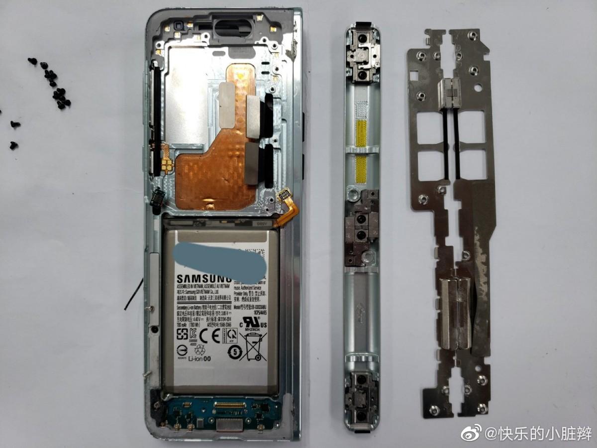 Składany smartfon Samsung Galaxy Fold od środka cena opinie gdzie kupić najtaniej w Polsce