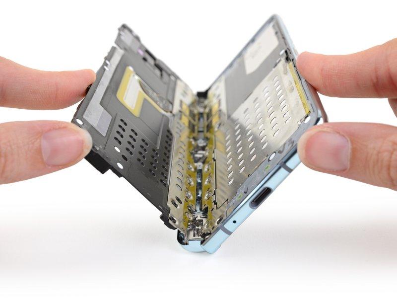 Samsung Galaxy Fold ifixit kiedy premiera składany smartfon opinie zamówenia data debiutu