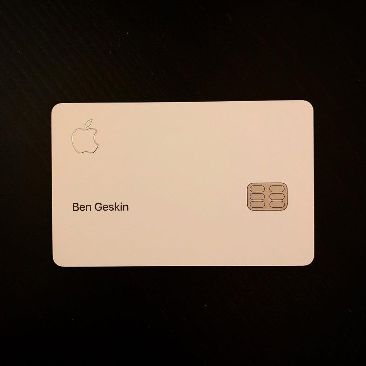 Karta płatnicza Apple Card parowanie iPhone AirPods kiedy premiera opinie