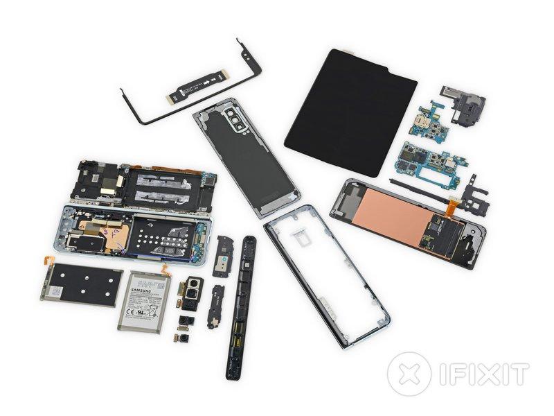 Samsung Galaxy Fold rozbiórka iFixit naprawa jak wypada pod kętam naprawy specyfikacja techniczna opinie