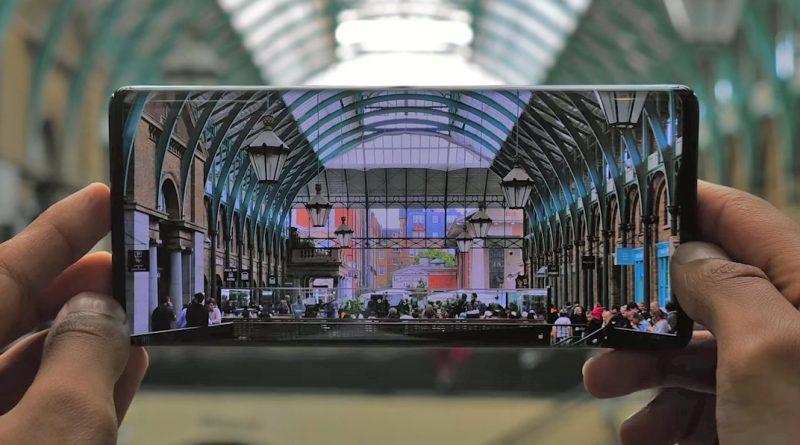 Samsung Galaxy S11 ekran Waterfall Display plotki przecieki wycieki kiedy premiera