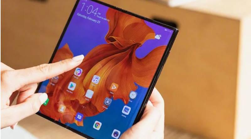 Akualizacja do EMUI 10 beta z Android 10 dla skłądany smartfon Huawei Mate X