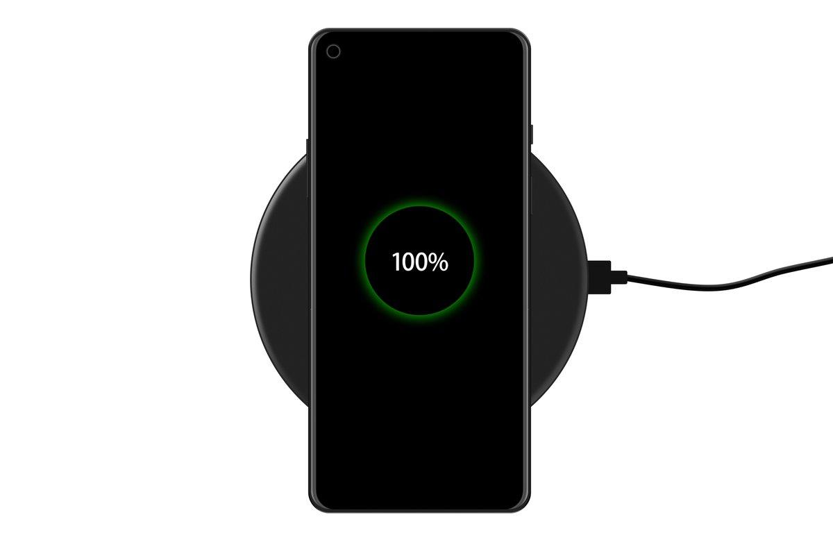 OnePlus 8 Pro bezprzewodowe ładowanie baterii plotki przecieki wycieki kiedy premiera specyfikacja dane techniczne