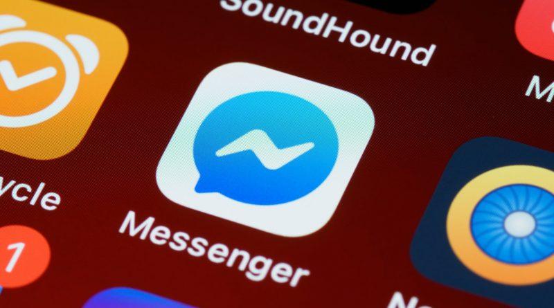 komunikator Facebook Messenger jak blokować niechciane wiadomości spam