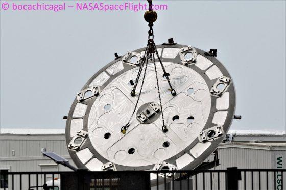 booster SuperHeavy SpaceX Starship statek kosmiczny pierwszy stopień Elon Musk
