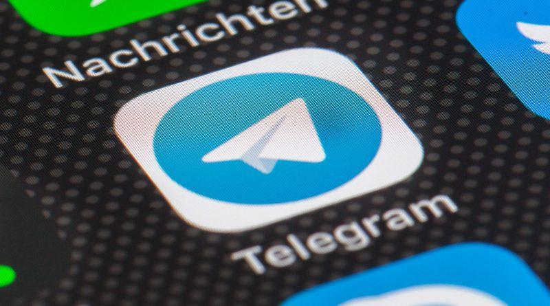 aktualizacja aplikacja Telegram 8.1 nowości co nowego interaktywne emoji motywy czatu