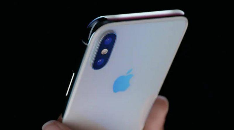 Apple iPhone X z USB C zamiast Lightning youtuber